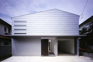 """家は、暮らしに合わせて変えられる。建築家・中辻正明さん、雅江さんに聞く、""""住まい力""""の養い方"""