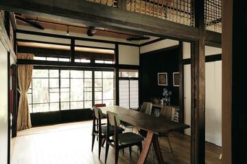 賃貸で暮らす、昭和初期の風情を細部に宿す日本家屋