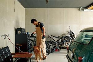 ガレージライフと緑のある暮らしを楽しむ店舗併用住宅