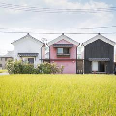築150年の蔵を移築再生。田園風景の中で寄り添う新旧の家