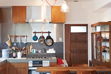日本の古い建具や家具が主役の中古マンションリノベーション