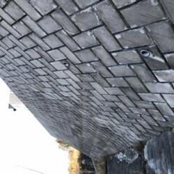 間知ブロック擁壁のある造成土地の耐朽性や改築する場合について