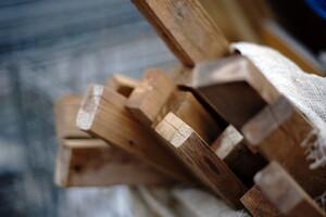 2×4(ツーバイフォー)工法って何? 家を建てるなら知っておきたい、2×4工法のメリット・デメリット