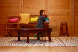 「板倉工法」を知っていますか?通常の木造住宅の2~3倍の木を使う板倉工法の家に実際に住んでいる人に感想を聞きました。