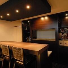 おうちで飲むお酒がもっと楽しく!ホームバーがある建築事例5選