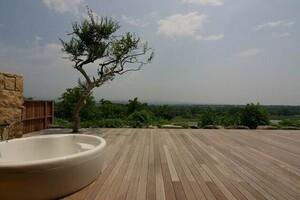 自宅で温泉気分!露天風呂がある住まいの建築事例3選