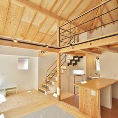 【実例紹介】50平米予算2,000万円でどんな狭小住宅...