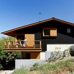 斜面を活かす!傾斜地に建つ住まいの建築事例5選