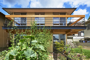 おうち時間を楽しもう!ガーデニングや家庭菜園ができる住まいの建築事例6選