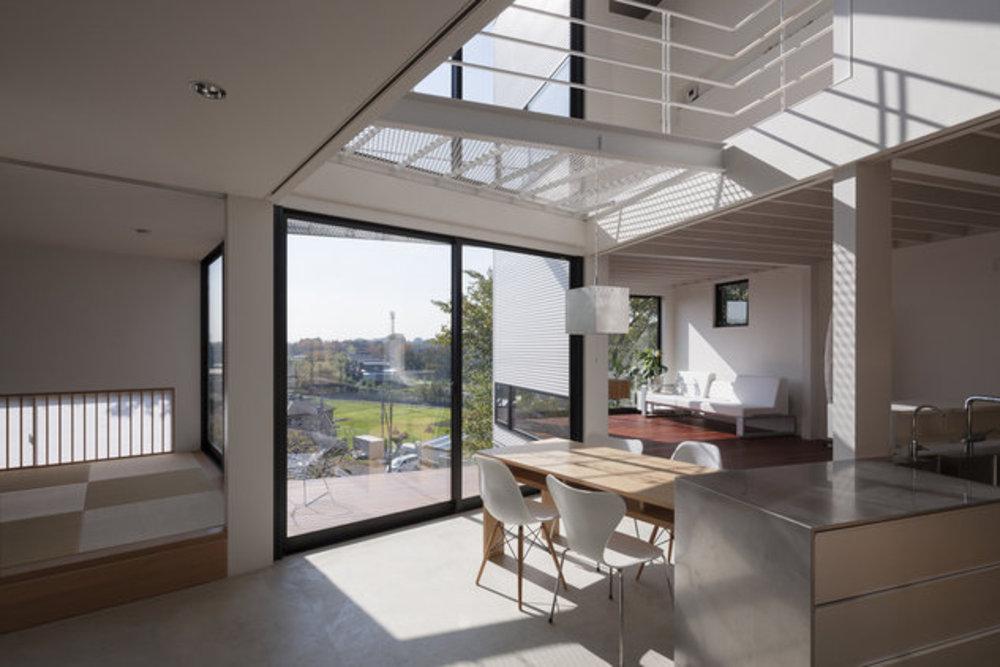 崖と手をつなぐ家の建築事例写真