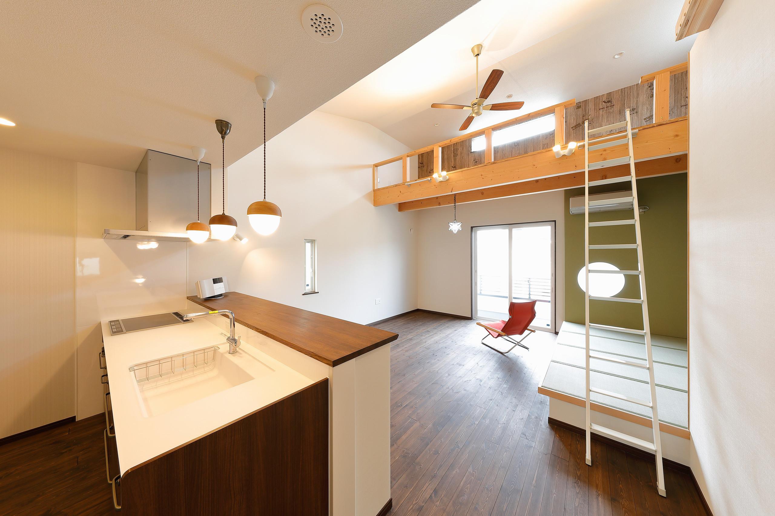 かわいいパン屋さんの様な家はゼロエネ/BELS/耐震3+αの建築事例写真