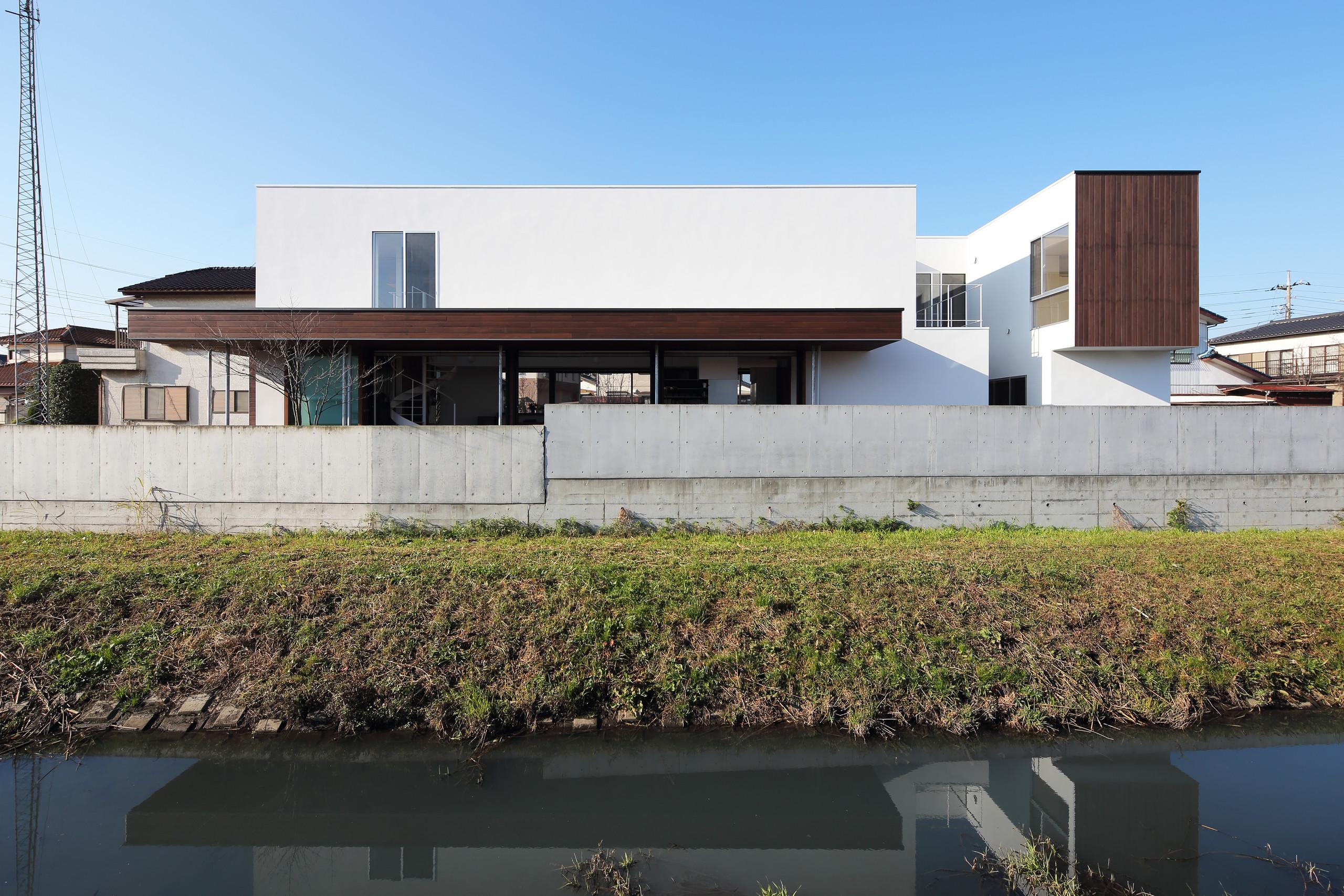 photo by Kai Nakamura   距離によって新たな身体的関係性をもたらす住居