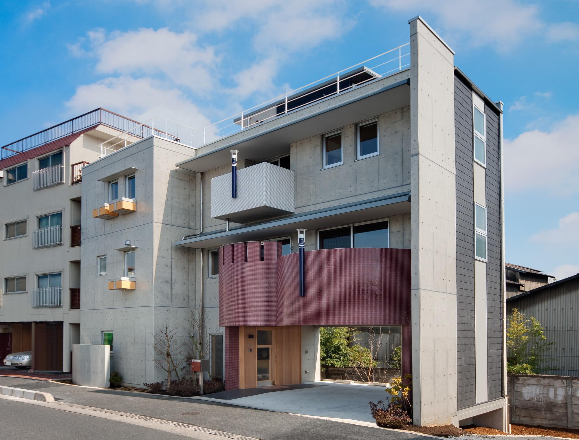 極小住宅 RC造 (3F+B1) 縦方向のつながりの建築事例写真