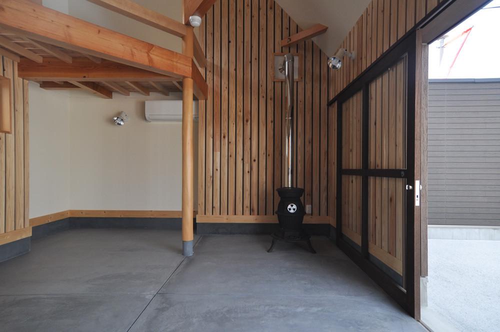 4坪(8畳)コテージハウス タイプB(土間&ロフト)の建築事例写真