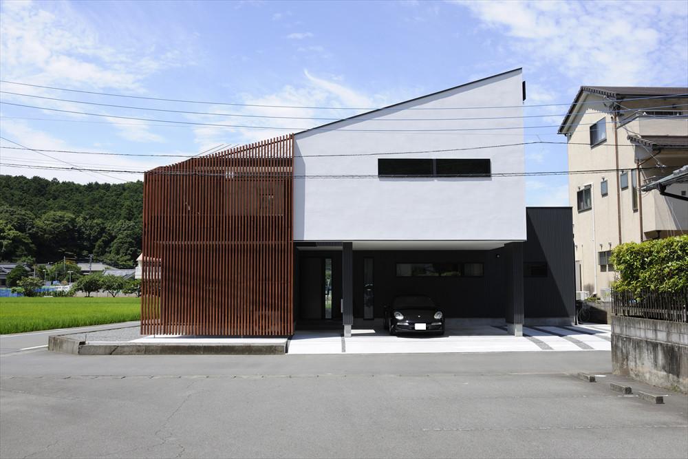 テラス風呂のある家の建築事例写真