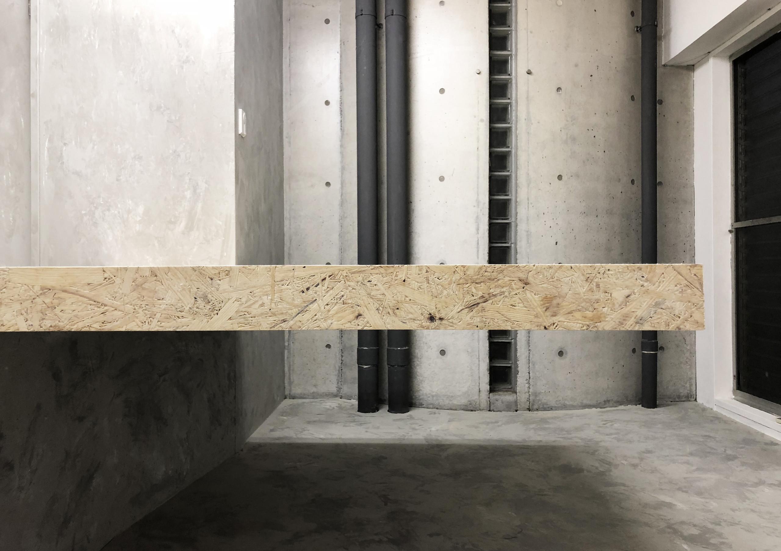 OSB合板を使ったオフィスのリノベーションの建築事例写真