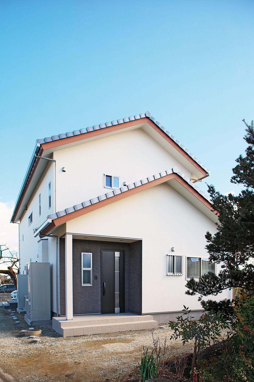 住み心地と家族のバランス空間がいい二世帯住宅の建築事例写真