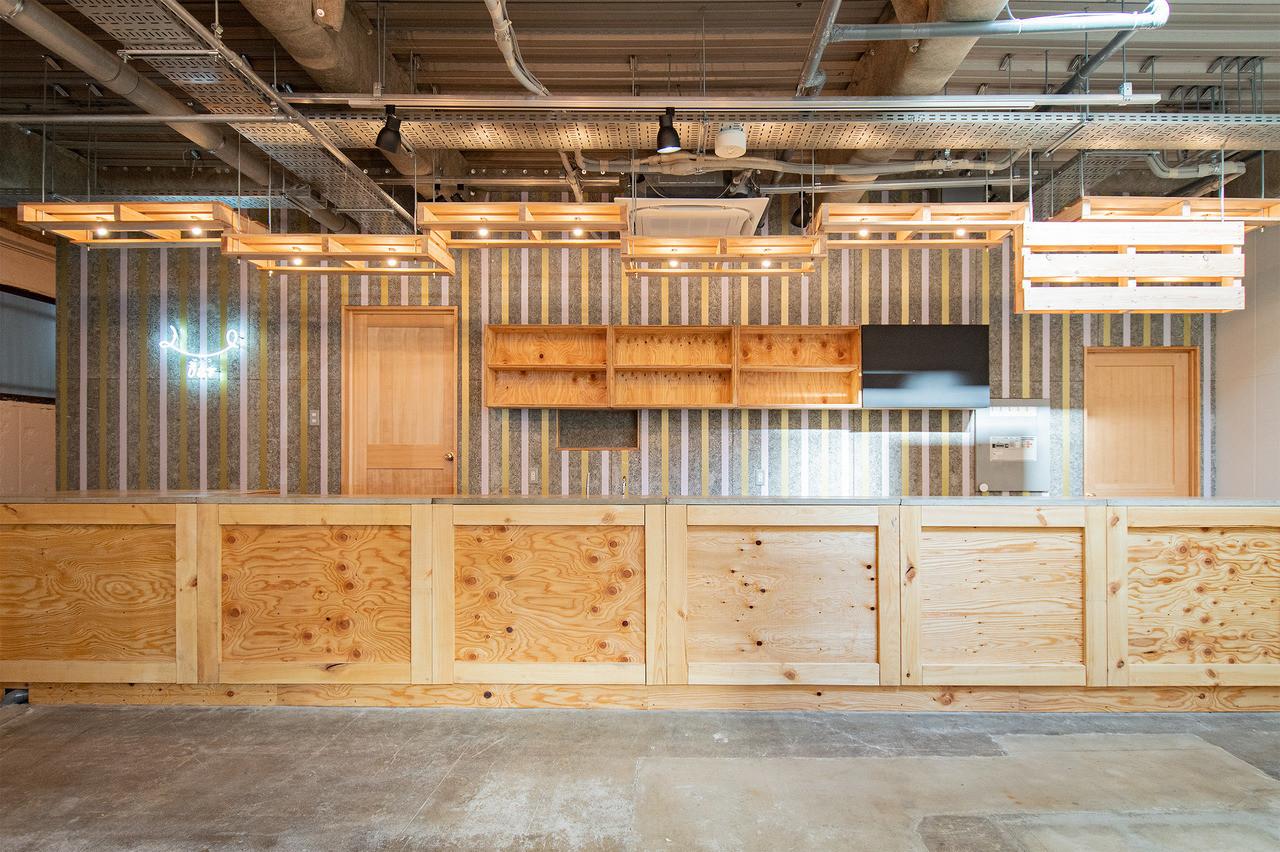 リンダホステルテンロク  倉庫をリノベーションしたホステルの建築事例写真