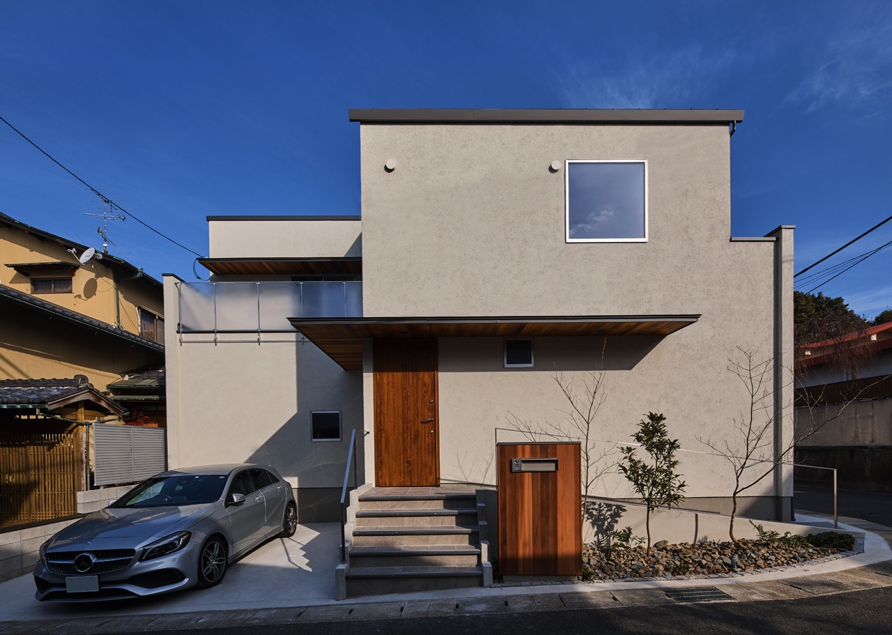 借景を取り入れたバリアフリー住宅の建築事例写真