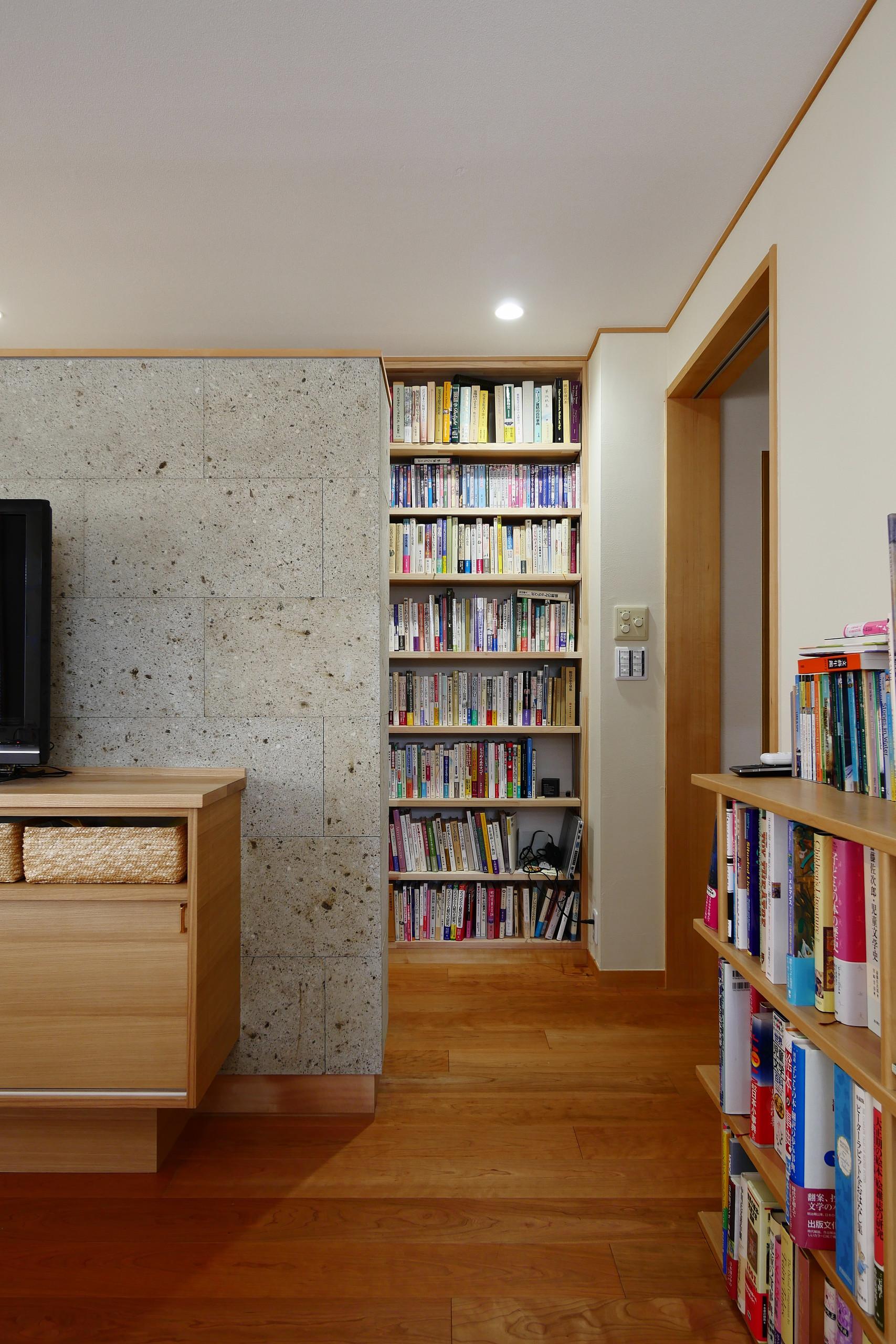 戸建リノベーション「SOHOと書庫のある家」の建築事例写真