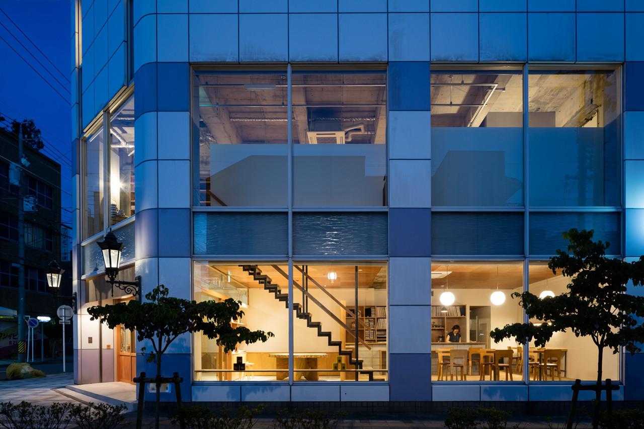 空きビルを 多用途ビルに再生 [一隆堂ビル}の建築事例写真