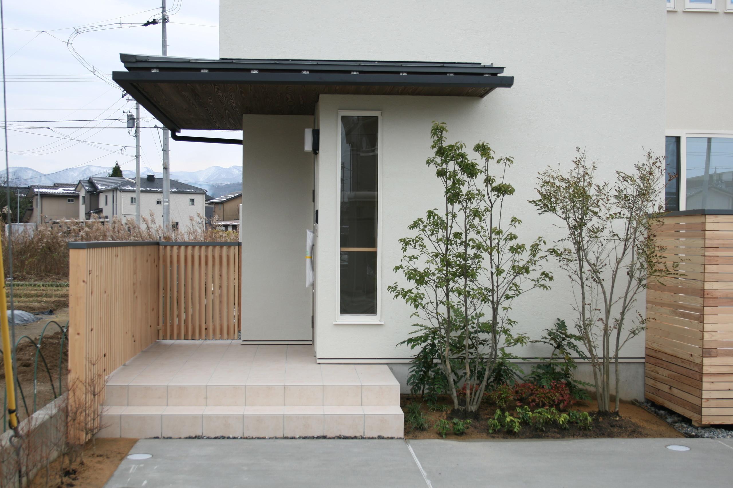 北向きの明るい無垢の家 の建築事例写真