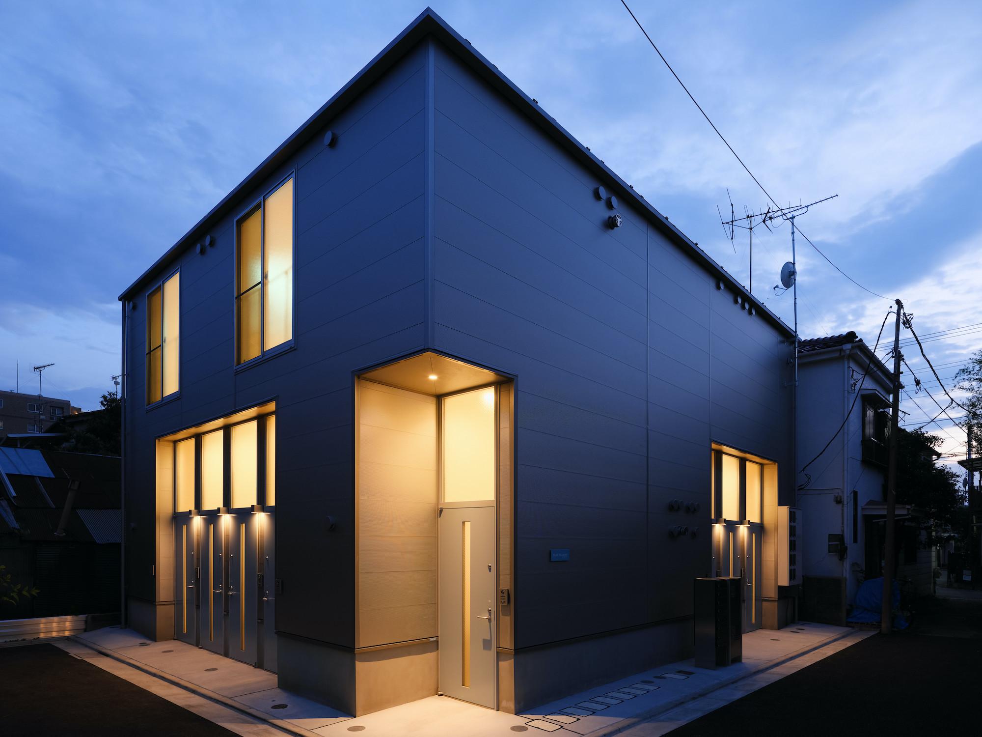 長屋形式の木造集合住宅_FLAT PLATINOの建築事例写真