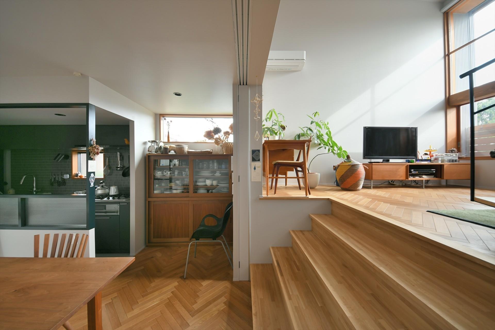 細長い家の建築事例写真