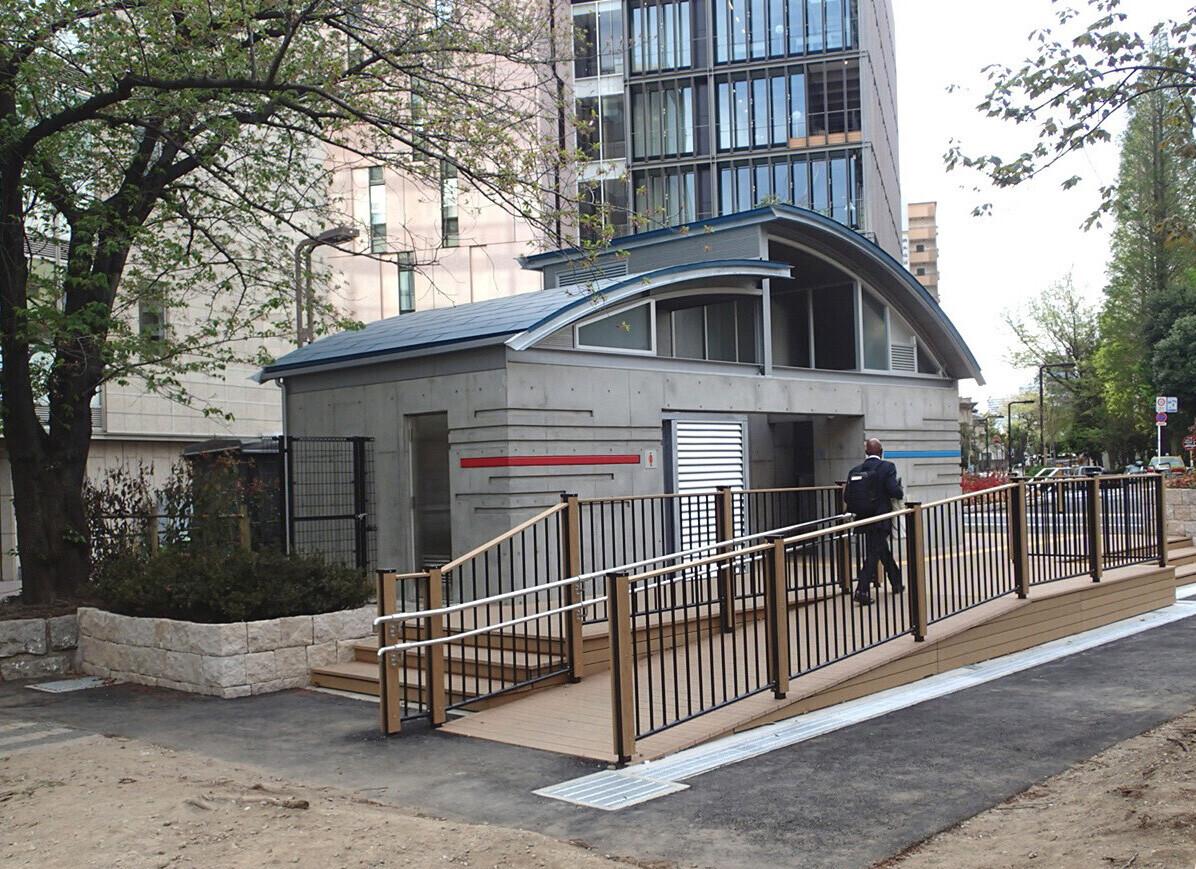 公衆トイレ事例2の建築事例写真