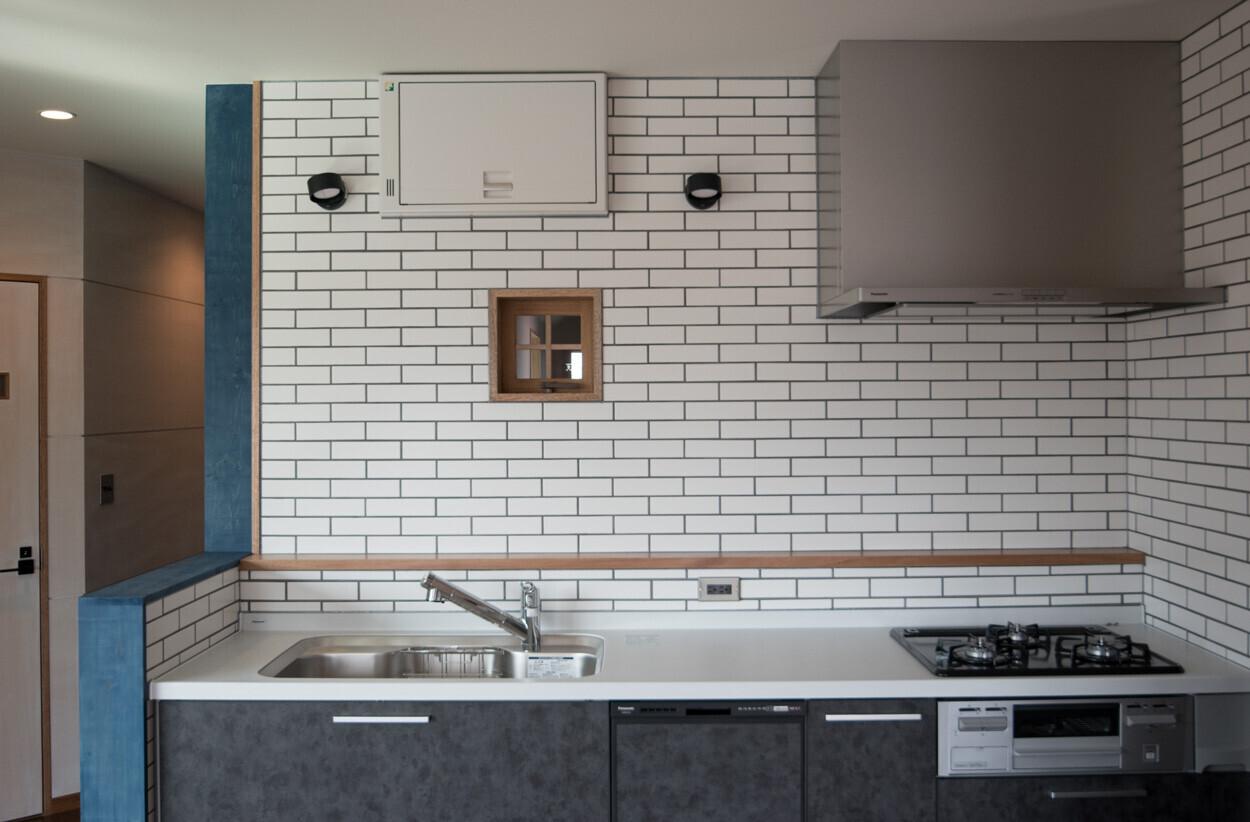 築30年鉄骨3階建て  3Fオフィスを住宅にリノベーションの建築事例写真