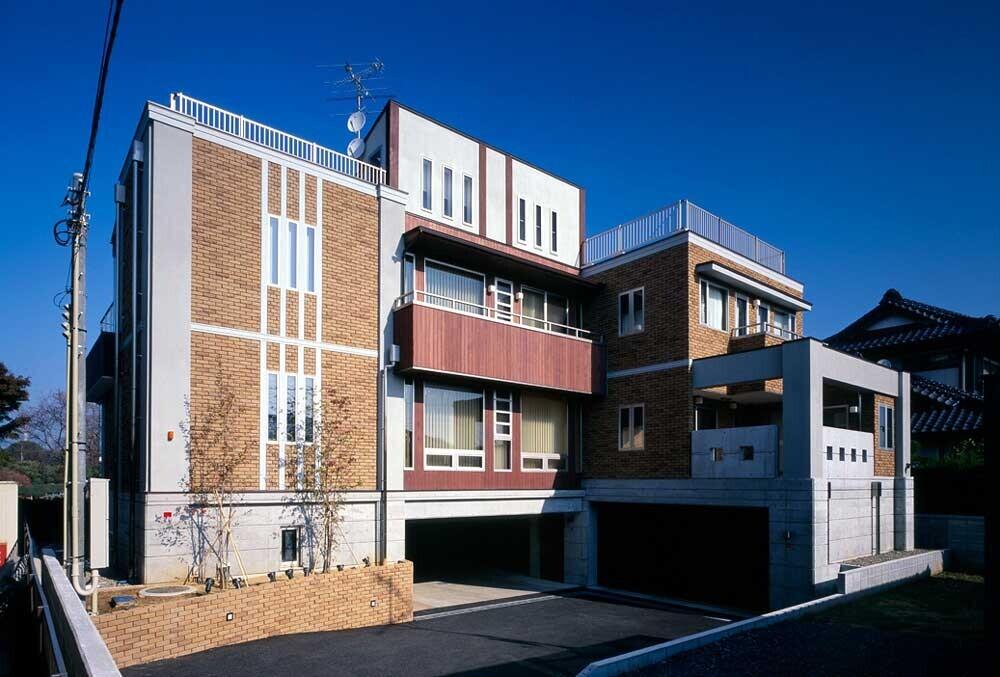 半階分高くしたら、ほら、別荘級【TCH】の建築事例写真