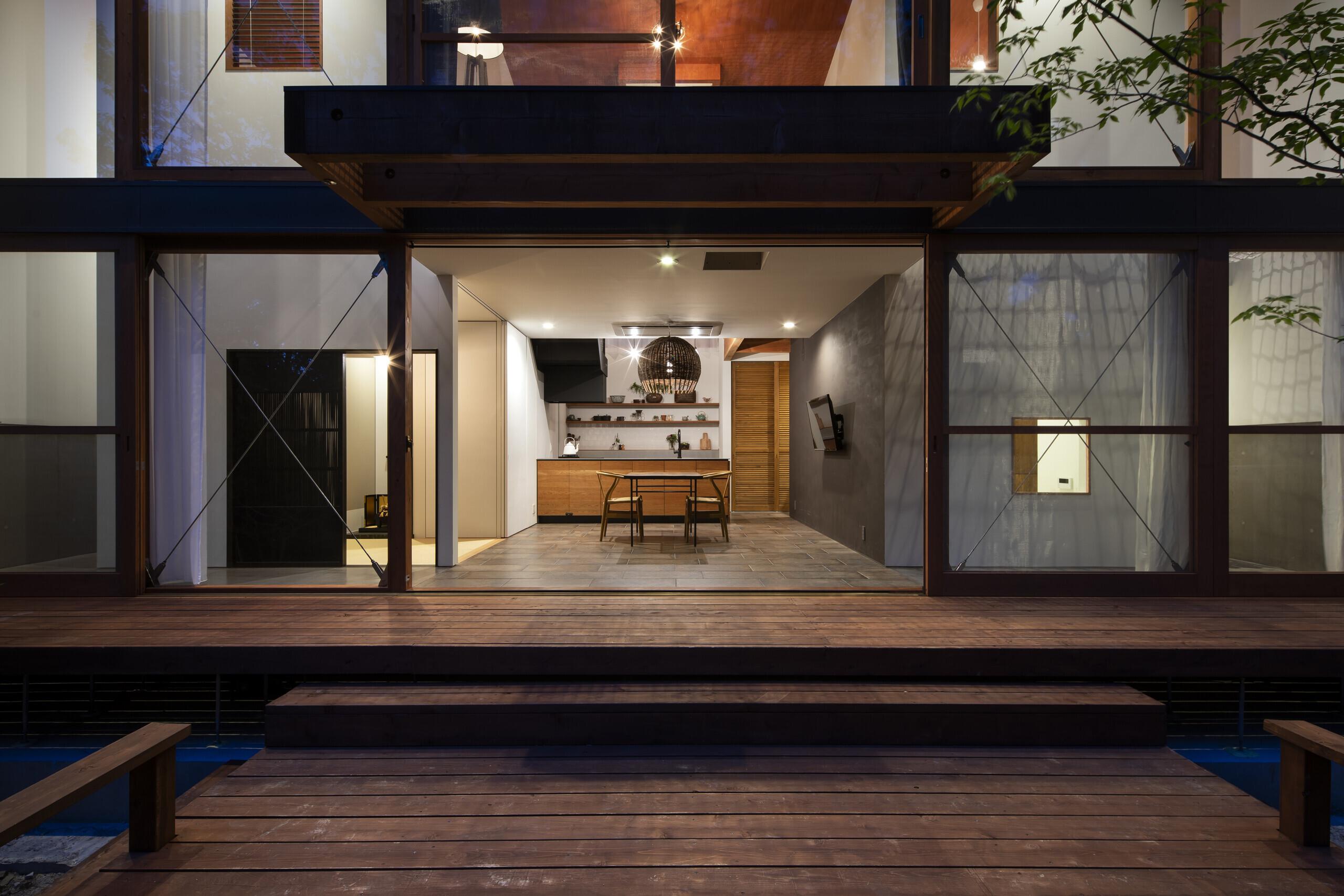 森に棲む家の建築事例写真