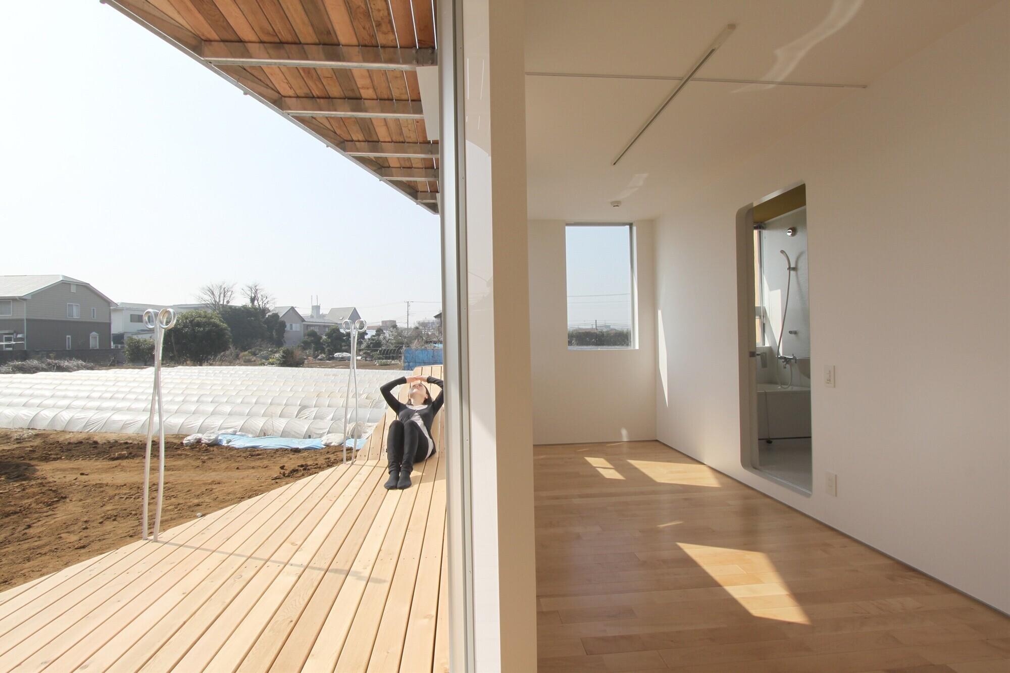 フラワーアパートメント / カップル向け約30㎡のL型プランの建築事例写真