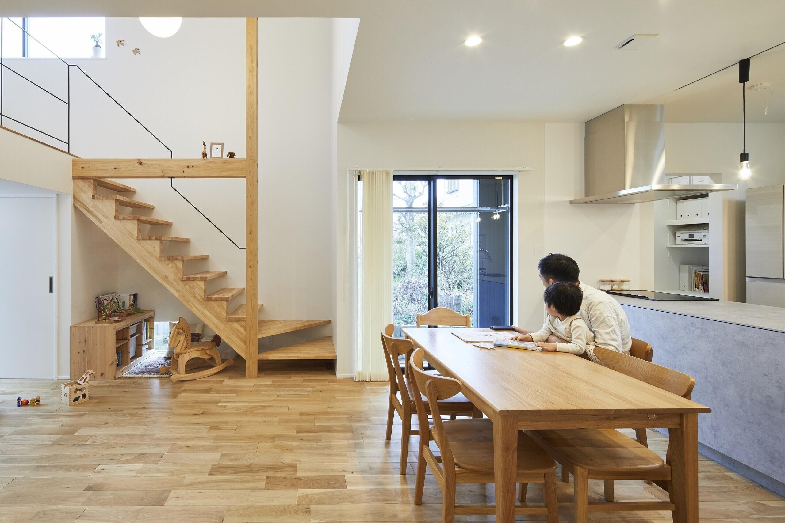 中二階のある家(高気密・高断熱、ZEH)の建築事例写真