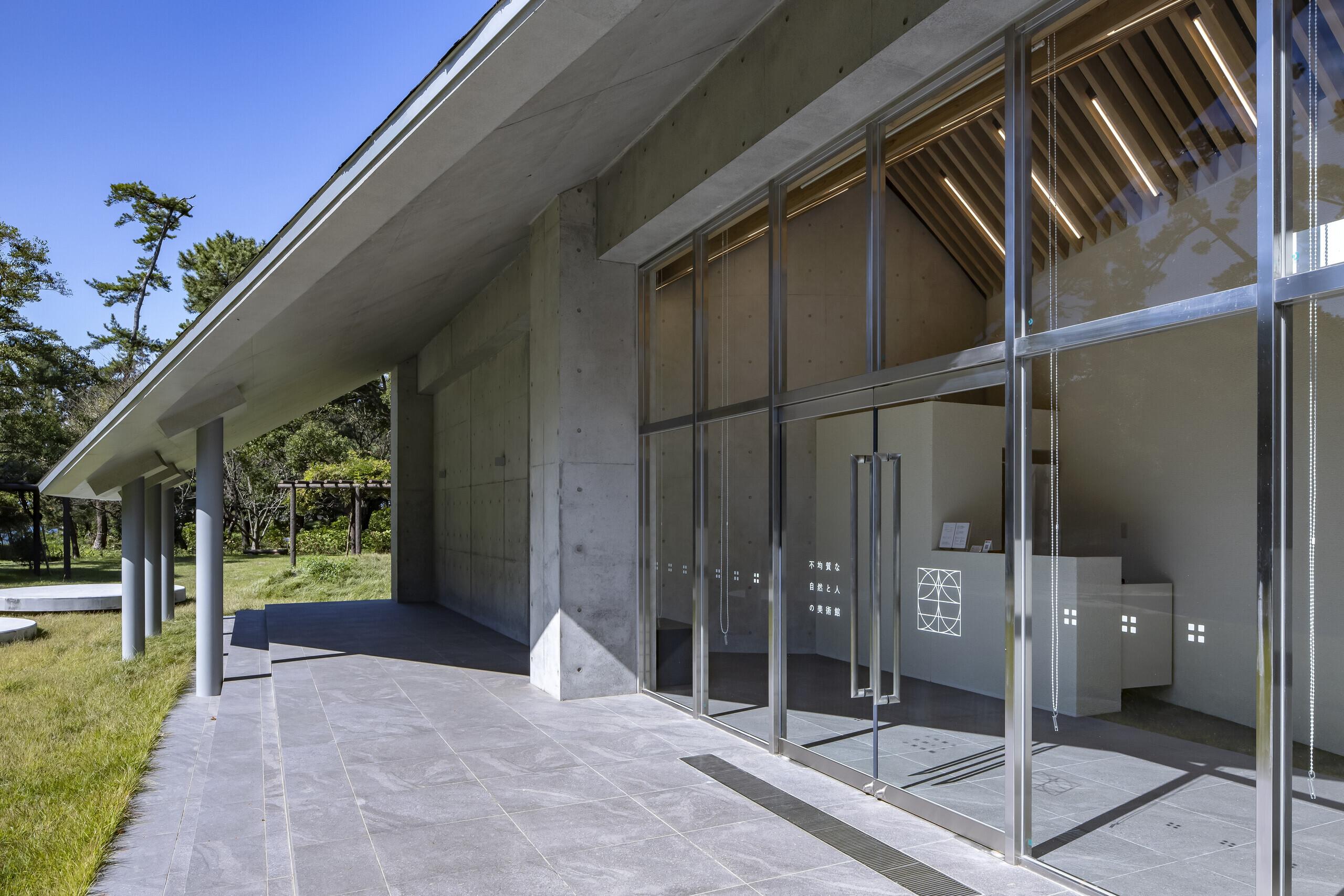 デジタルアートギャラリー、美術館の建築事例写真
