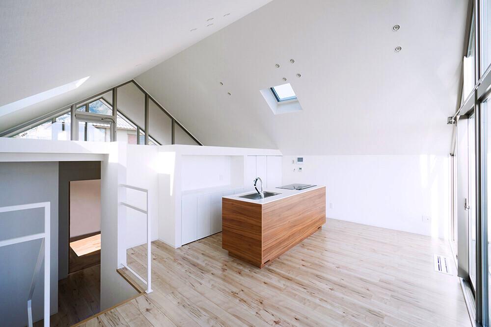 湖国の家・スキップフロアー・木造の建築事例写真
