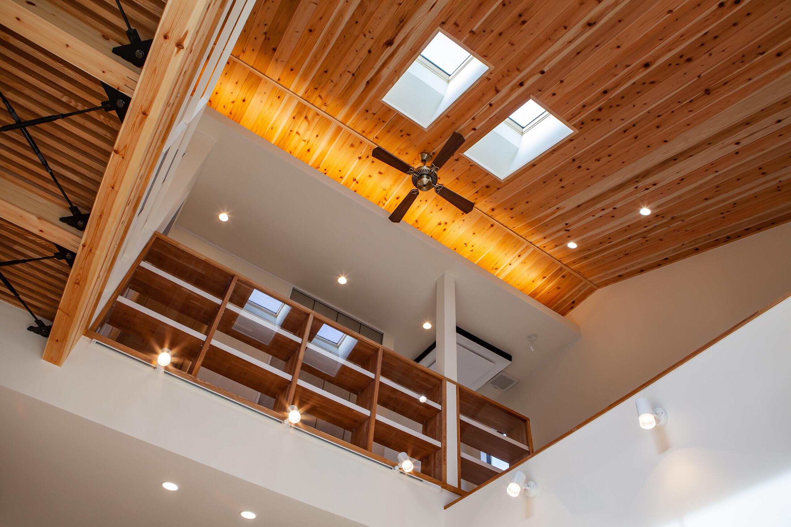 多様な居場所で繋がる家の建築事例写真