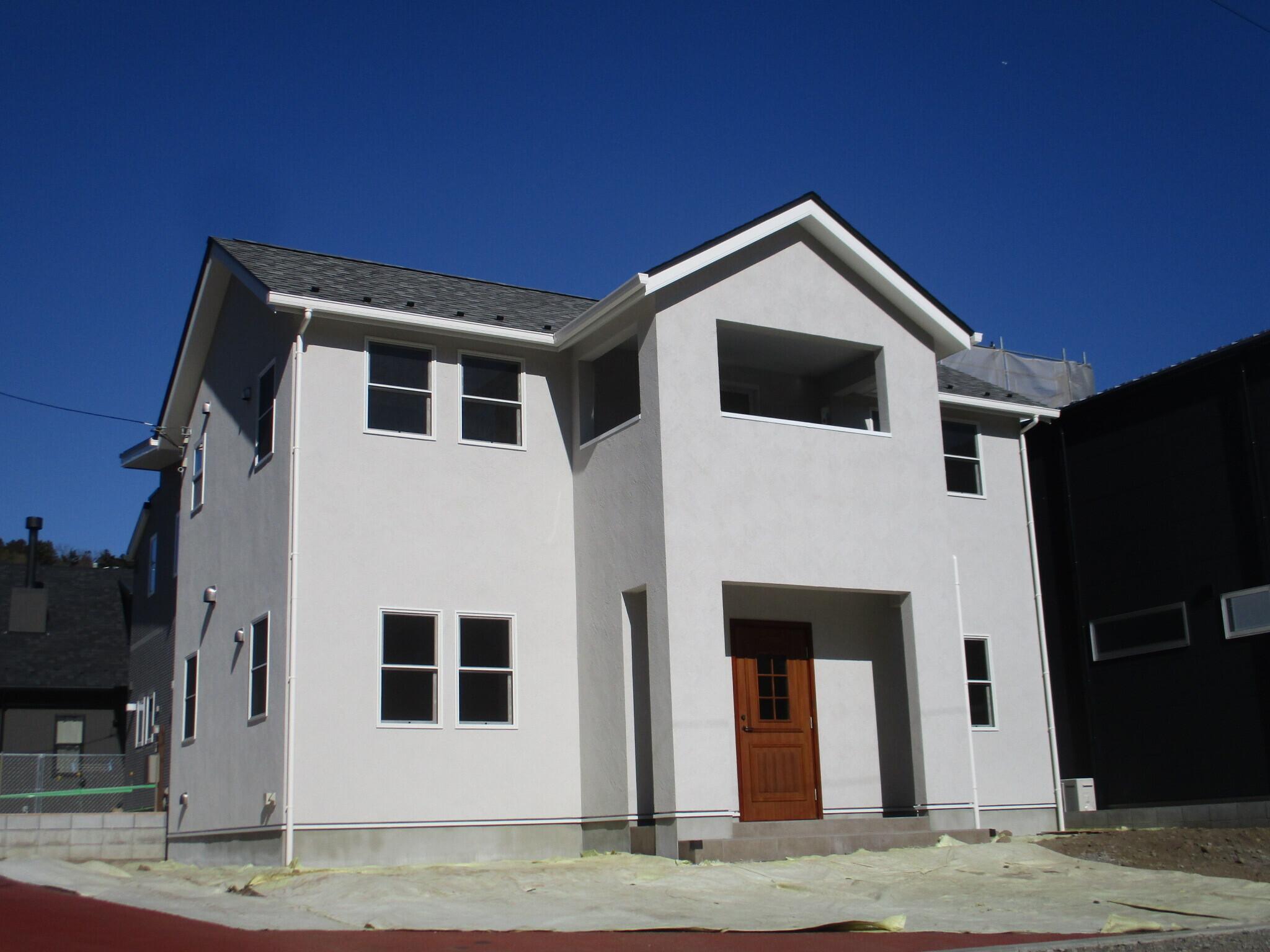 ドライウォールと無垢材の家 (ピアノ室のある家)の建築事例写真