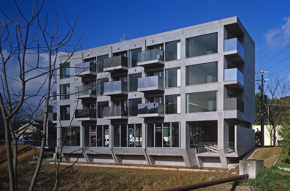 集合住宅「BARONG」の建築事例写真