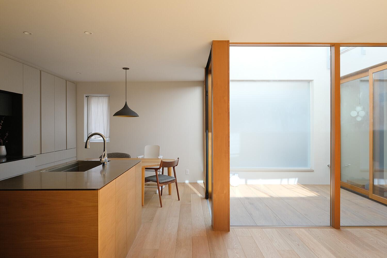 本郷の家<防火地域の3階建て木造住宅>の建築事例写真